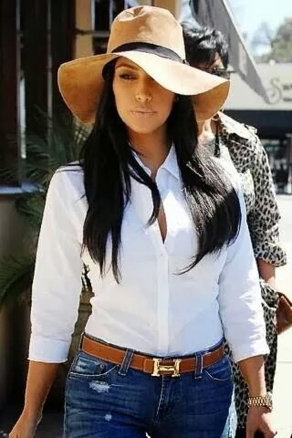 hat kim kardashian belt blouse jeans beige beach hat kim kardashian