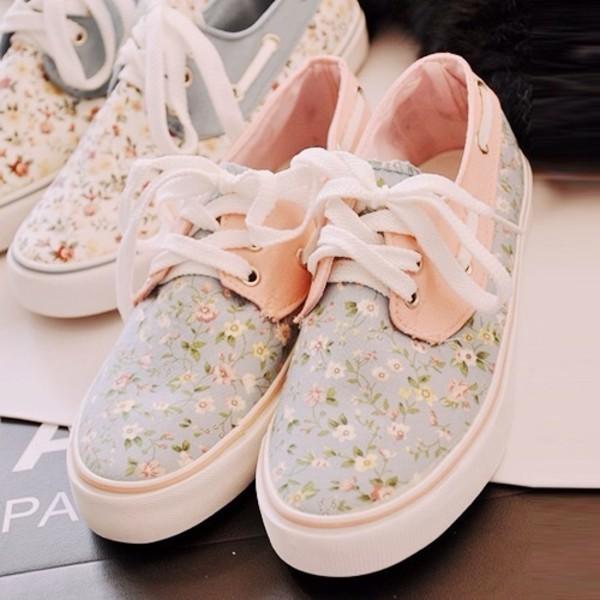 shoes floral flowers peach cute nike roshe run