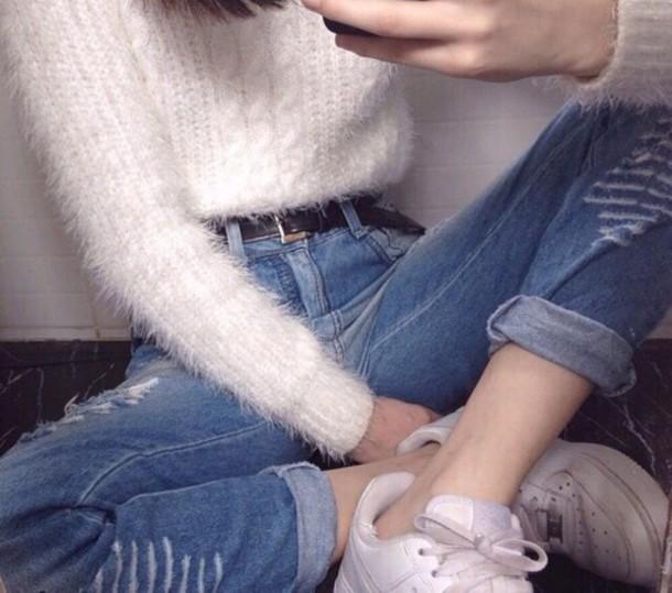 sweater grunge alternative indie cool belt jeans boyfriend jeans