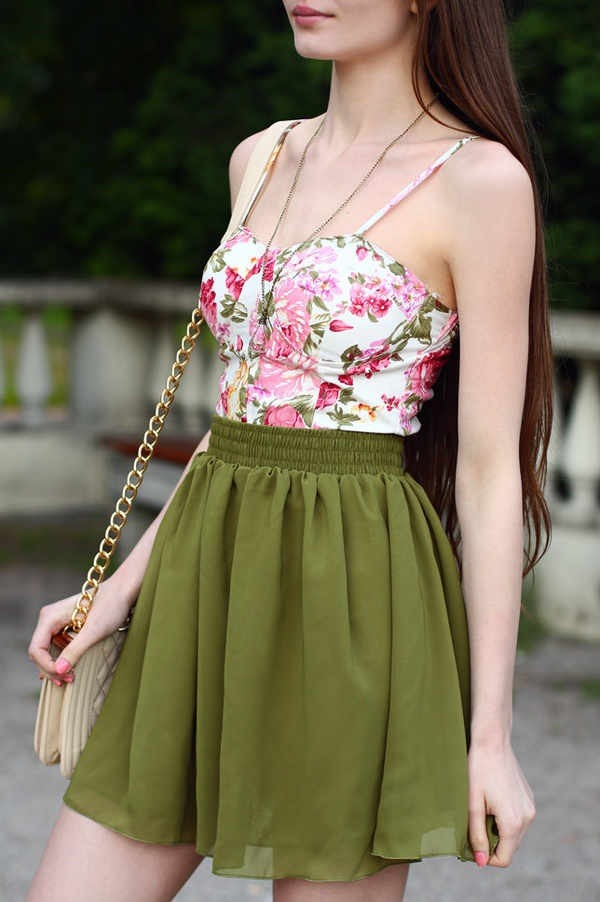 blouse green floral