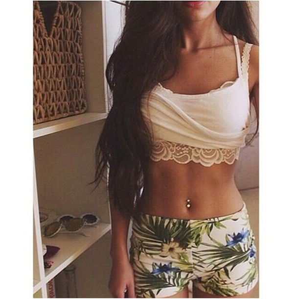 leggings high waisted leggings printed leggings tropical pattern belly button ring bralette white bralette lace bralette tumblr outfit tumblr girl stylish style style trendy trendy trendy trendy fashion inspo rad chill casual on point clothing outfit idea fashion fashion inspo top