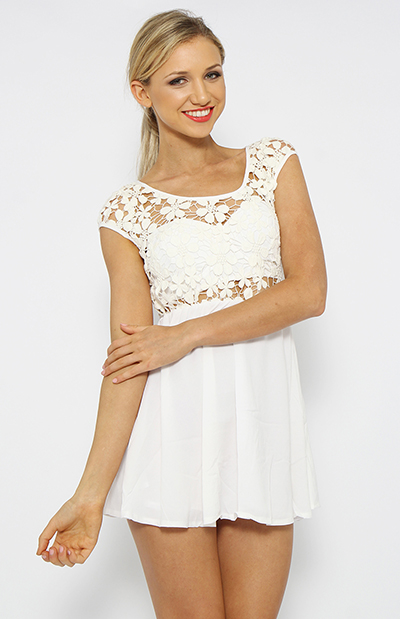 Maisy Daisy Dress - White | Clothes | Peppermayo