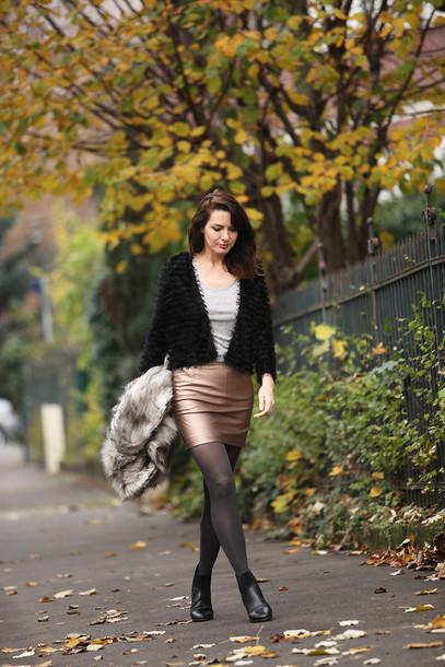 estelle blog mode blogger cardigan metallic fuzzy sweater