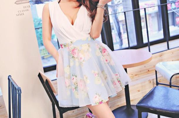 dress white blue floral dress floral outfit clothes