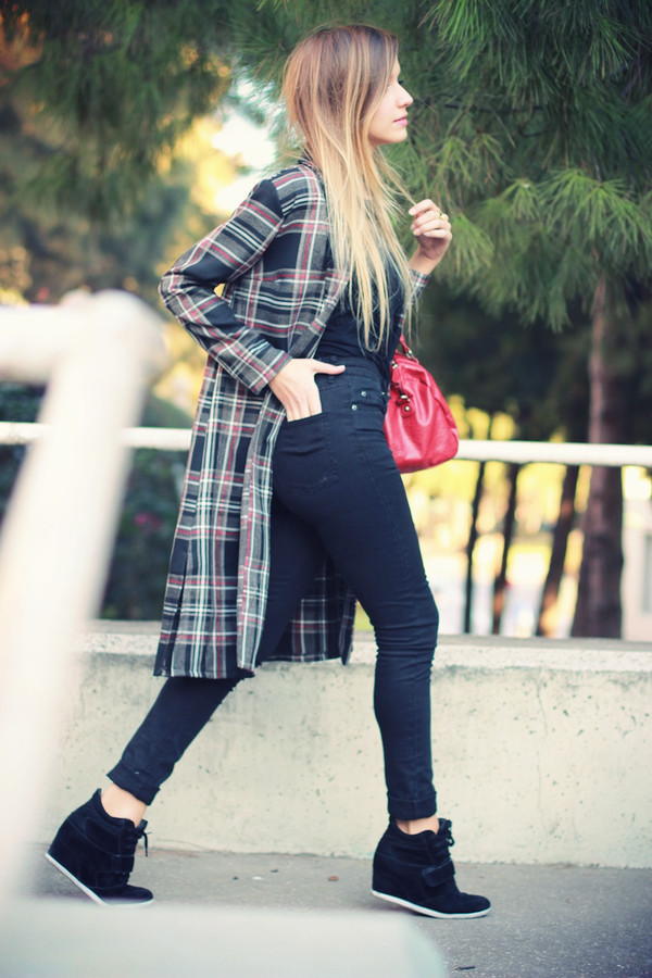 fashion quite coat t-shirt jeans jewels bag shoes