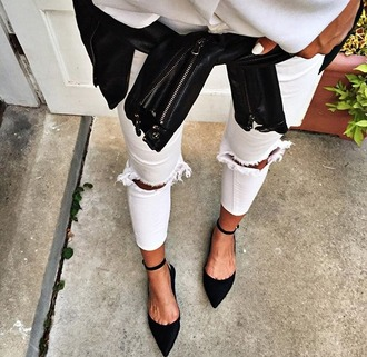 shoes flat black classy girl jeans black sandals ripped skinny jeans white jeans