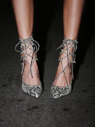 shoes grey shoes grey heels grey pumps high heels heels pumps sexy sexy shoes grey style elegant snake print snake skin women high heel pumps animal print high heels strappy heels snake leather cute