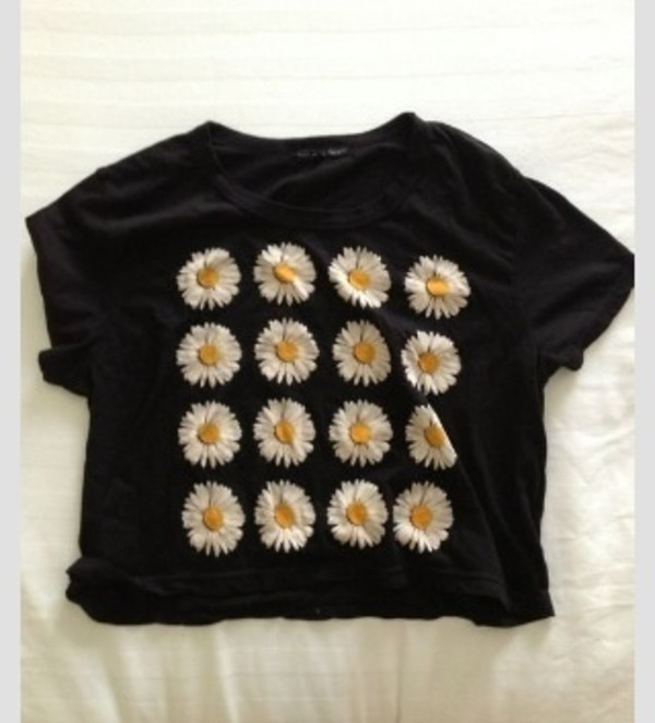 t-shirt daisy graphic tee