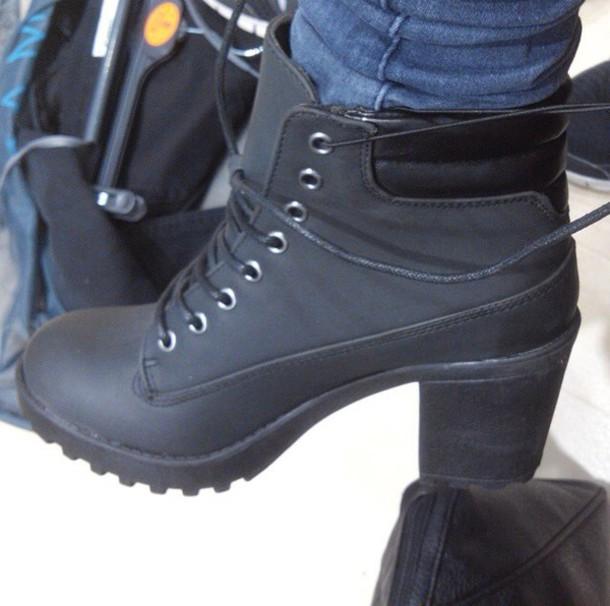 shoes style black boots black shoes laceshoes tumblr shoes