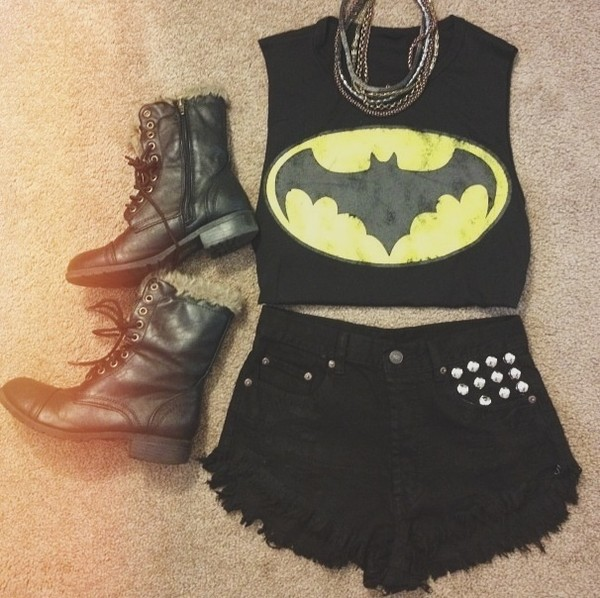 shirt batman crop tops clothes shorts black and yellow shoes grunge all black everything crop tops etsy t-shirt black yellow combat combat boots boots high top high top black boots fur blouse comics cropped