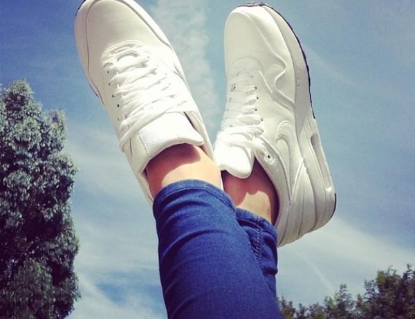 shoes nike air max 1 nike liquid silver