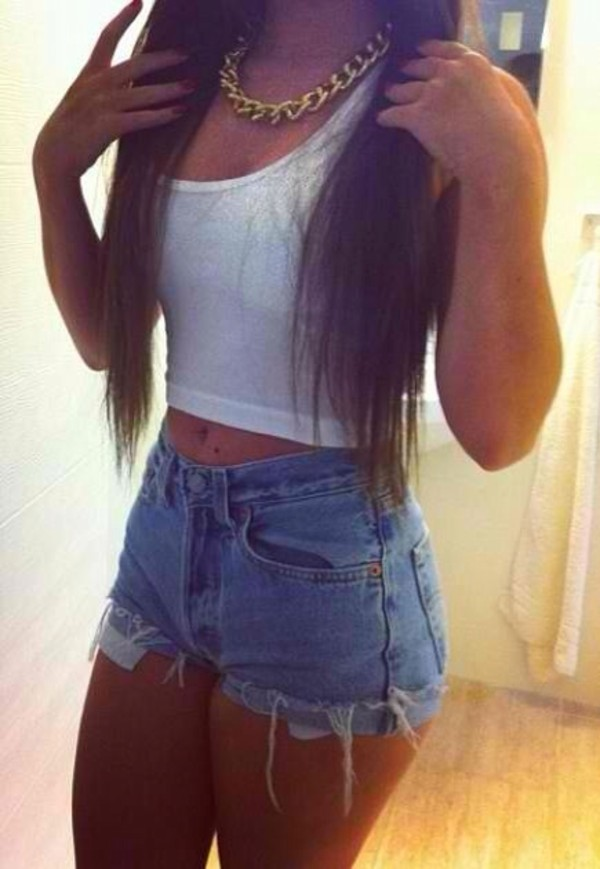 shorts jewels blouse tumblr girl t-shirt tank top denim racer top white crop crop tops hot pants chain High waisted shorts jeans short highwaisted pants ripped shorts shirt crop tops necklace gold chain blue jean shorts