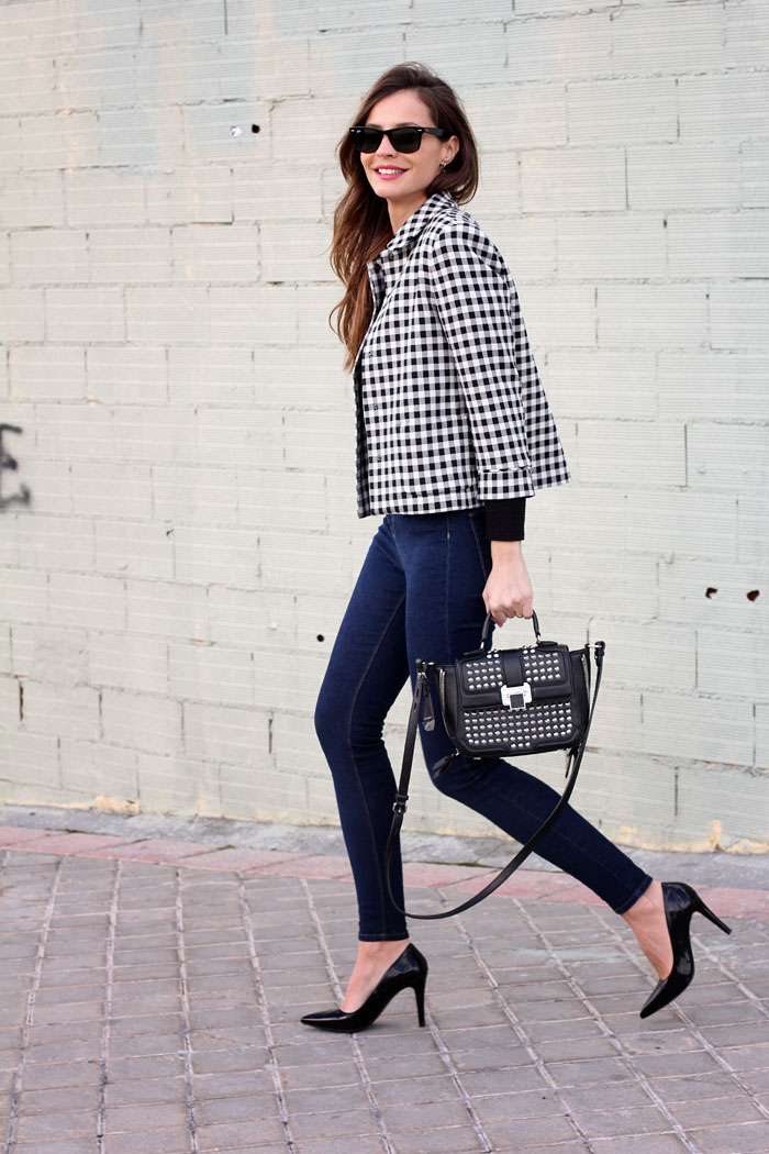 cropped checked jacket | Lady Addict en stylelovely.com