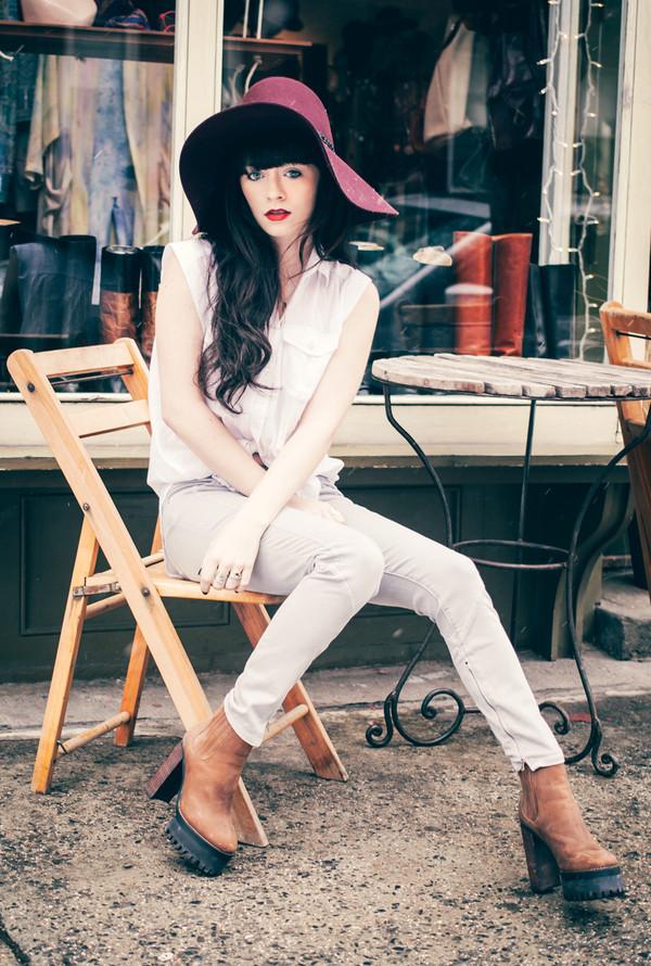 jag lever blouse hat pants shoes