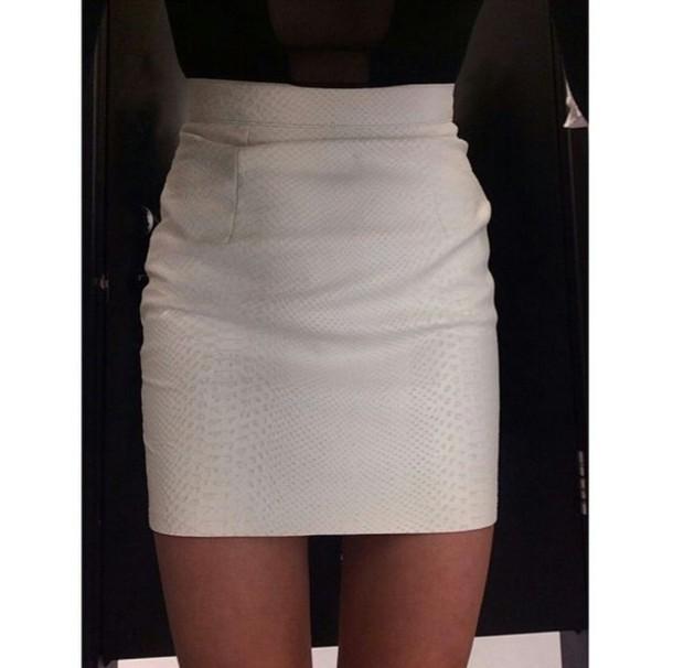 skirt mini skirt pencil skirt white skirt reptile skin trendy trendy trendy fashion inspo chill on point clothing cute skirt cute skirt style style stylish blogger skinny thinspo body goals tumblr skirt tumblr girl