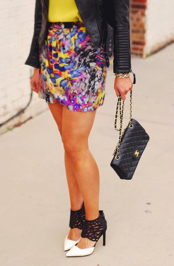 devon rachel t-shirt jacket skirt dress shoes bag sunglasses