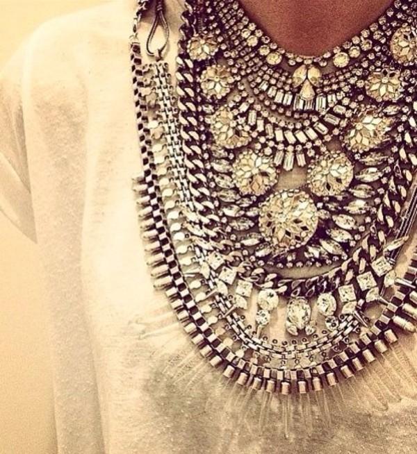 jewels wow fashion statement necklace