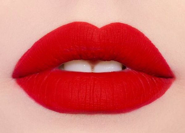 lipstick red lipstick great valentines day date outfit hair/makeup inspo nail polish
