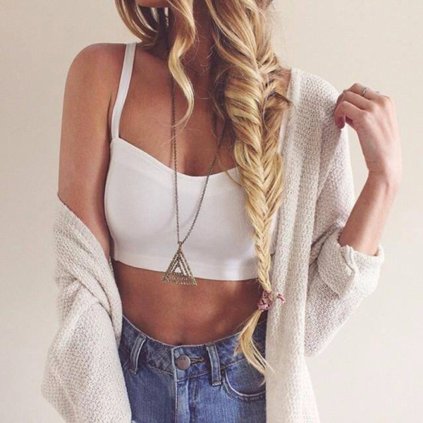 cardigan denim shorts shorts denim outfit fashion hair necklace jewels white blue beige tank top crop tops summer outfit summer outfits beautiful chic blonde hair shirt