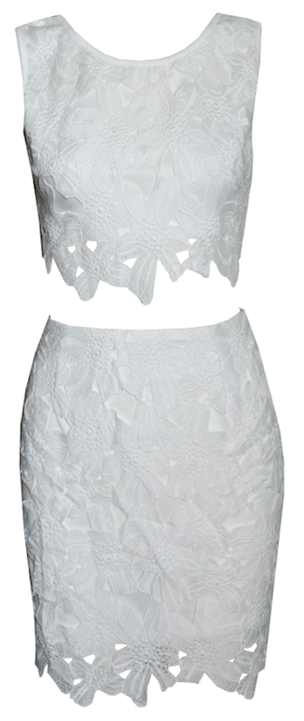 dress floral dress two-piece two-piece white dress white dress white lace dress white two piece white 2 piece white summer dress white summer top white crochet dress white crochet white crop tops white floral short dress white flower dress asymmetrical skirt asymmetrical dress top bodycon low rise mini short