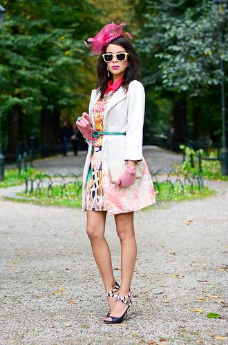 shoes jewels dress sunglasses coat bag macademian girl
