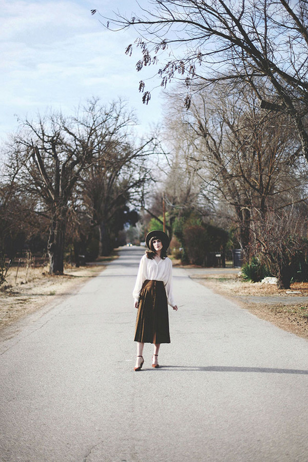 finch and fawn blouse skirt shoes