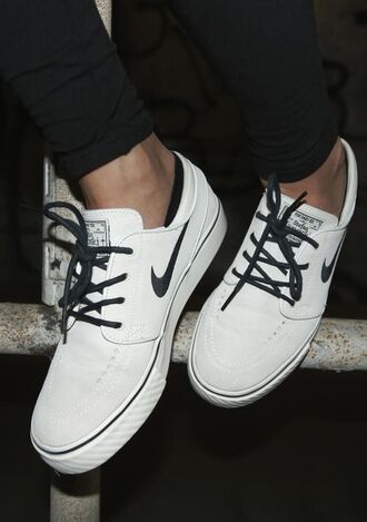 shoes nike sneakers white black mens shoes nike sb stefan janoski white black and white nike janoskis nike shoes janoskis nike stefan janoski max