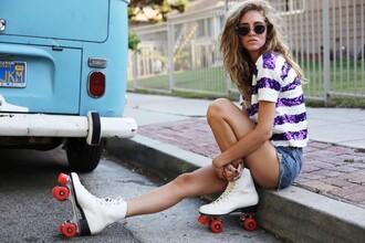 the blonde salad blogger t-shirt sunglasses sequins stripes denim shorts summer outfits