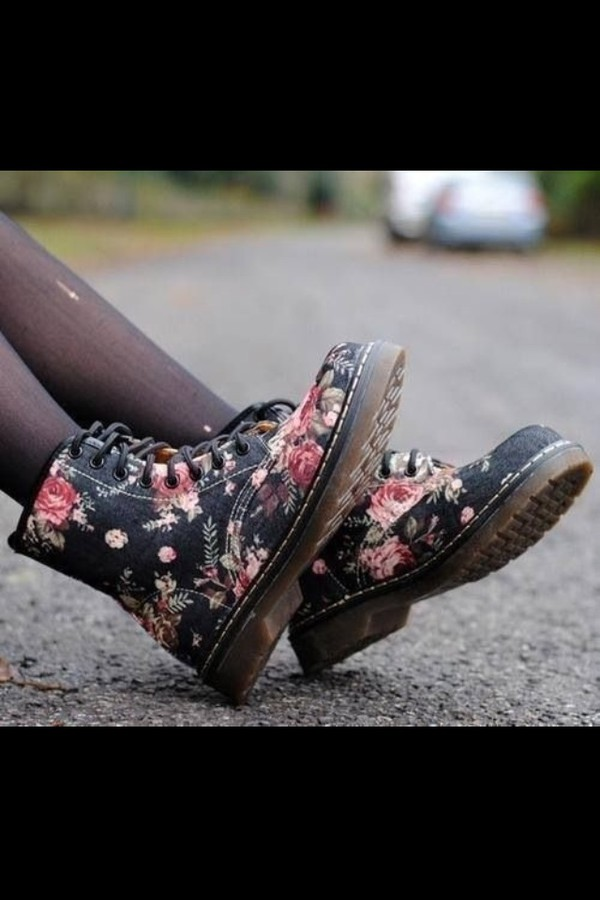 shoes boots cute flowers black