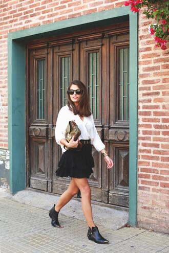 seams for a desire blogger belt chelsea boots ruffle black skirt white blouse asymmetric shirt ankle boots black boots ruffle skirt white shirt