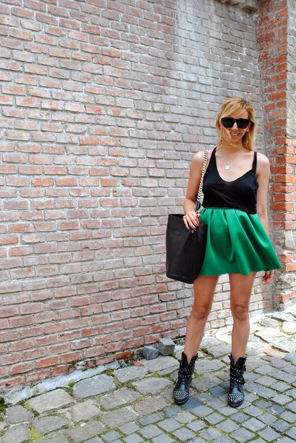 let's talk about fashion ! t-shirt bag skirt shoes