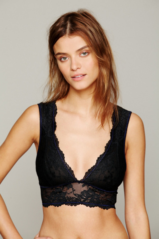 intimately womens galloon lace deep v bra