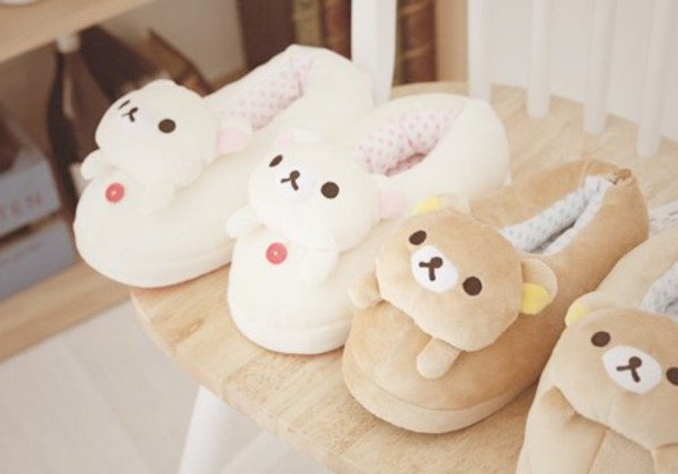 shoes, slippers, furry boots, furry slippers, bedroom, bear slippers, bunny  slippers, white bear slippers, cute, tumblr, hipster, girly, pajama slippers,  lazy shoes, domo, cozy - Wheretoget