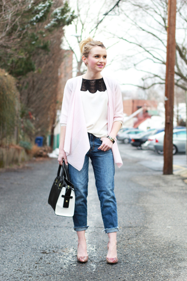 poor little it girl bag blouse jeans sweater shoes jewels