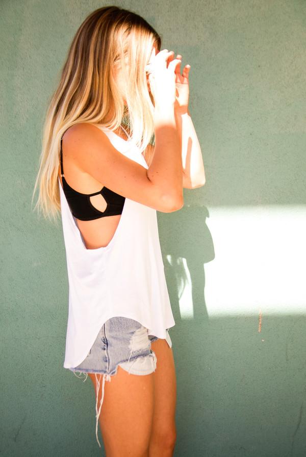 shirt white tank top top muscle yoga workout