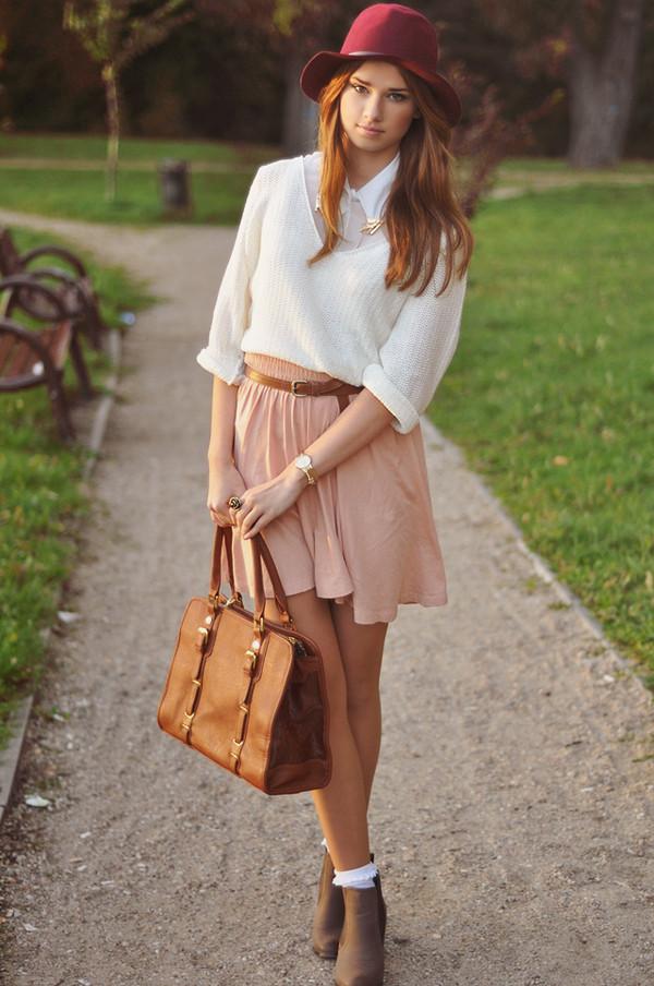skinny liar hat shirt sweater skirt belt t-shirt jewels bag shoes