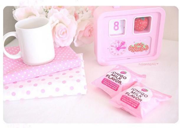 jewels strawberry clock ichigo home accessory girly kawaii pink