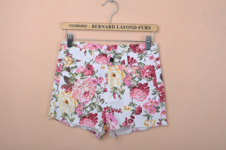 A314 2013 spring and summer new spring show female floral pattern printing washing flower fashion women shorts-in Shorts from Apparel & Accessories on Aliexpress.com