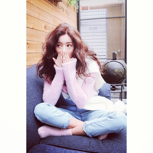 sweater stylenanda pink overalls jacket jeans scarf