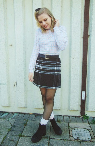 the velvet black grunge blogger skirt plaid skirt jumper