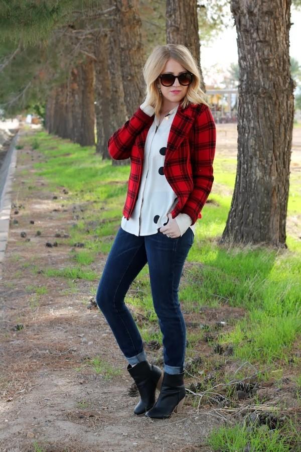 fashion flirtation t-shirt coat shoes jewels sunglasses