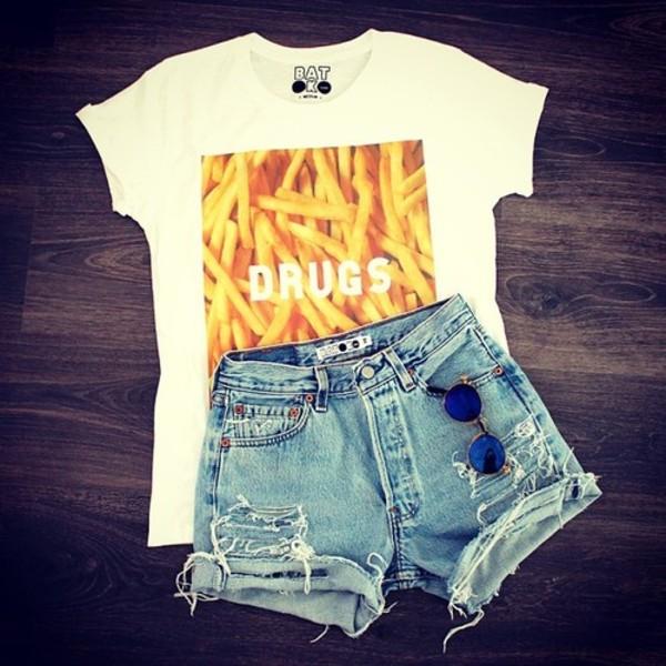 t-shirt t-shirt fries cool shorts sunglasses batoko www.batoko.com
