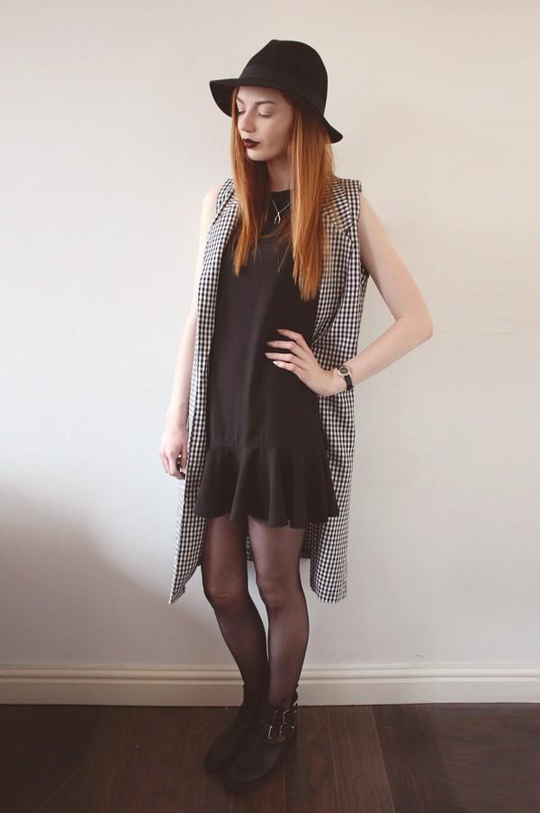 hannah louise fashion dress coat hat shoes
