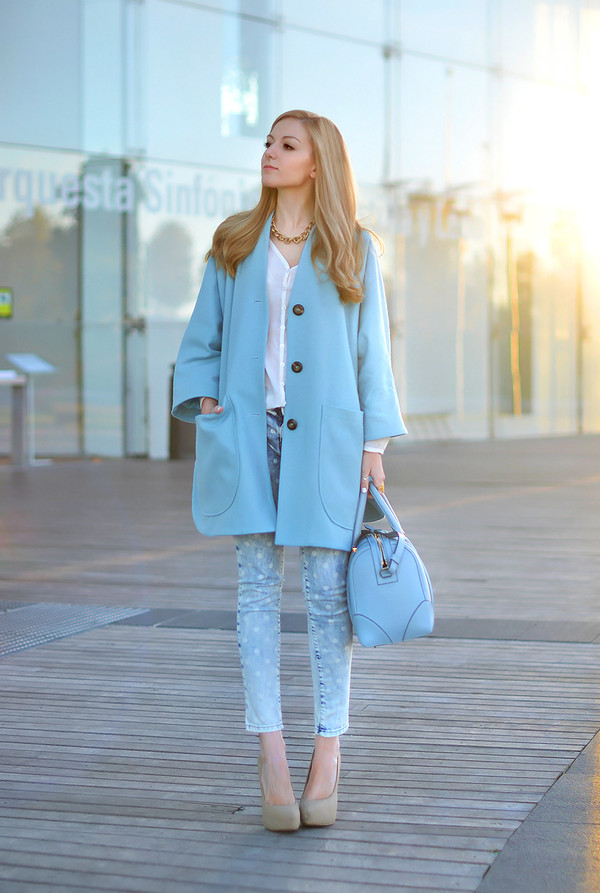 oh my vogue coat blouse jeans shoes bag sunglasses jewels