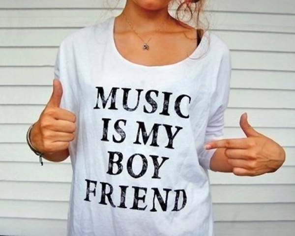 shirt music clothes t-shirt t-shirt boyfriend white black hipster hippie cute indian summer girly skater boyfriend jeans alternative boho skull band merch