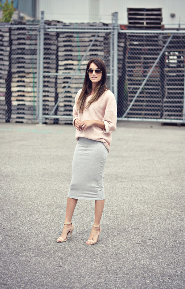 quality rivets sweater skirt shoes