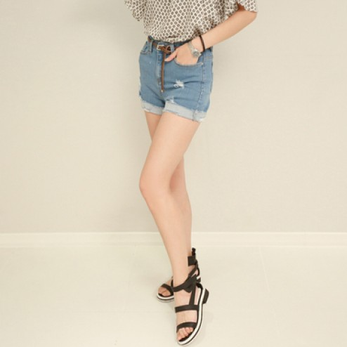 Span tight high-waisted shorts