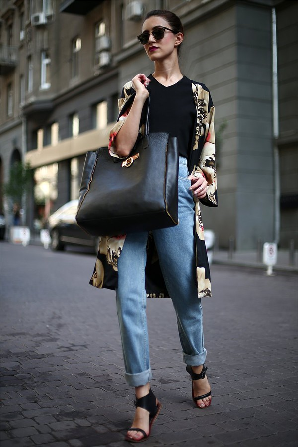 tina sizonova bag jeans top shoes jewels coat