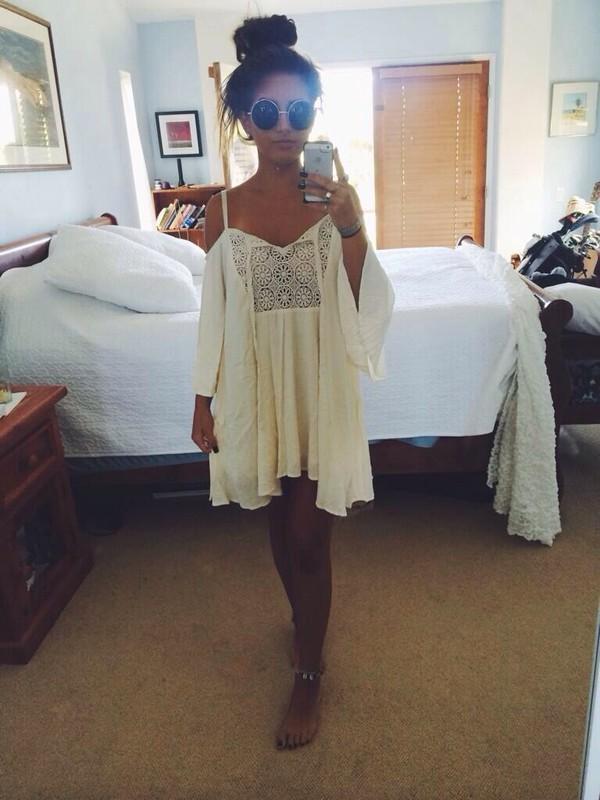 jewels hippie flowy boho gypsy sunglasses white indie boho blouse hippie chic white dress flowy dress dress white beachy/hippie flowy dress