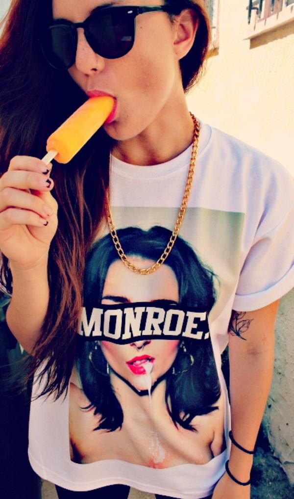 t-shirt girl monroe chain t-shirt print jewels sunglasses menswear print shirt gold